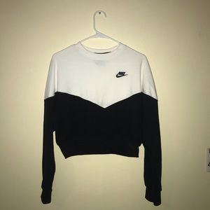 Nike sportswear heritage woman's crew